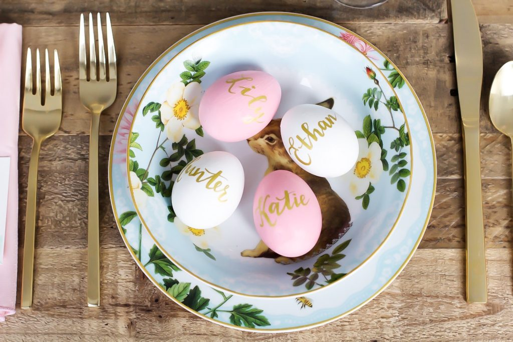 easter-table-setting-pink-the-town-38